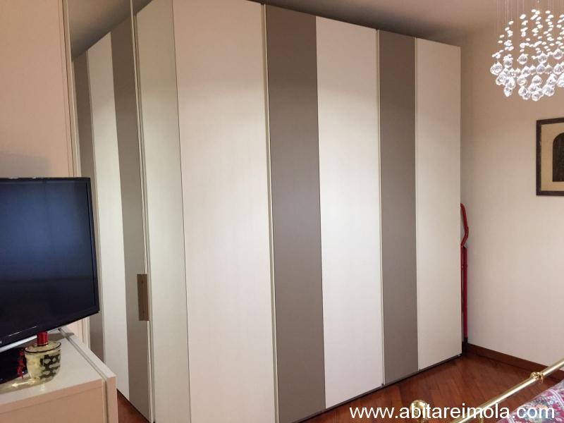 armadio con cabina angolare a specchio - arredamenti bologna e ...