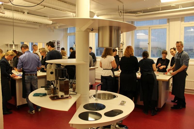 arredamento bologna kitchen cucina isola disabile centro stanza innovazione design minimal minimalkitchen treestylekitchen