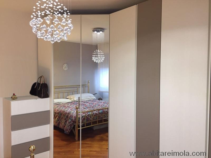 cabina armadio angolo specchio laccato tortora settimino mobilificio arredamenti imola arreda casalfiumanese lugo bologna