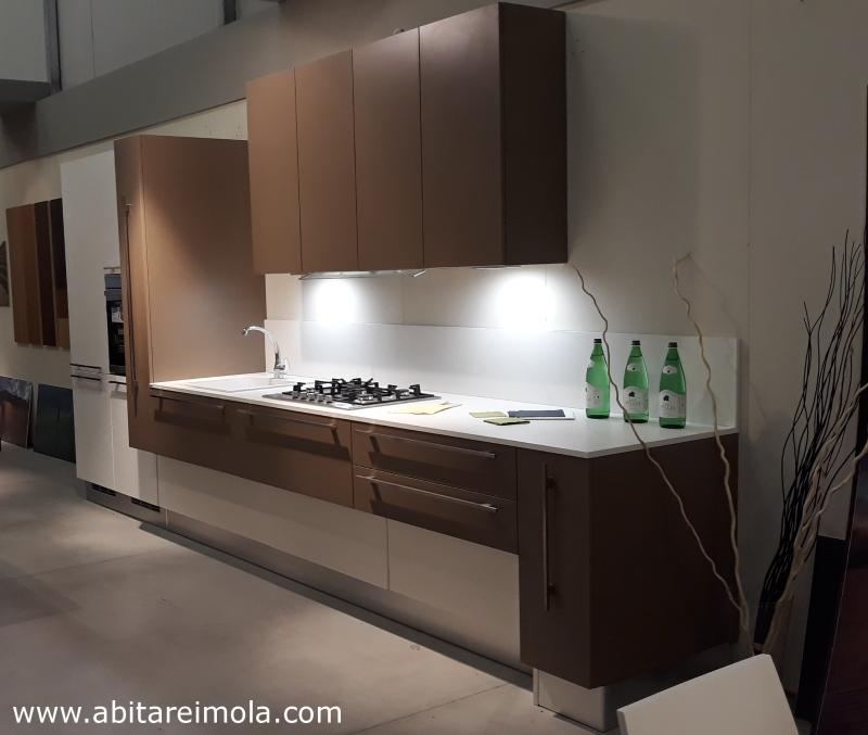cucina moderna componibile oikos elle75 pensili alti bianca arredare casa negozio arredamento bologna provincia medicina budrio castenao imola