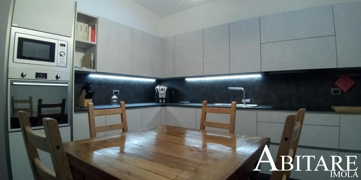 cucina moderna tavolo romagnolo arredare casa faenza castenaso way snaidero forno micro bimby ristrutturare casa arreda cucine