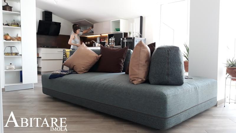 divano sanders ditre italia arredare sottotetto mansarda open space cucina moderna interior design bologna faenza casa mobilificio snaidero