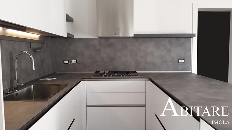 effetto cmento cucina bianca arredare casa arredamento imola bologna faenza lugo cucine bianca senza maniglia snaidero way