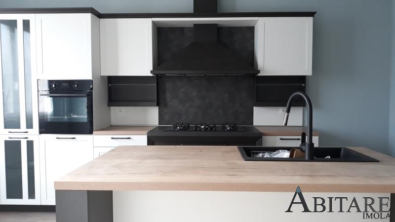 hera snaidero cucine cucina moderna arredare casa negozio arredamento imola bologna castel bolognese san pietro ozzano budrio isola design legno bancone
