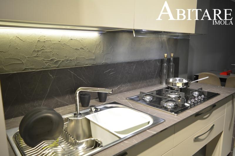 elle75 cucina cucine moderna design interior design imola bologna lavello foster tornado miscelatore sottofinestra piano top hpl marmo design interior arredare casa