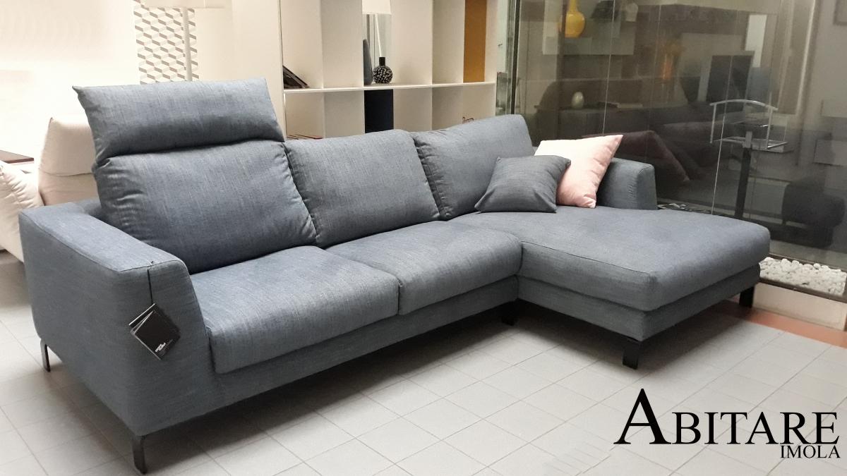 divano divani ditreitalia imola bologna faenza artis poggia testa imbottiti arredare casa arredamento imola